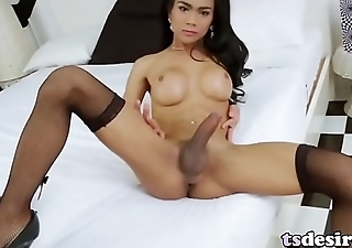 Hung Asian Trans Babe Cartoon Pleases Herself