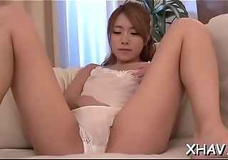 Obese oriental pussy gets fingered