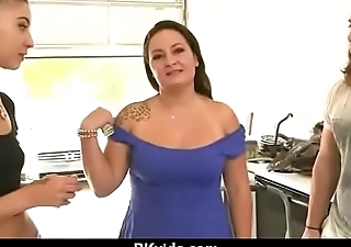 Sensual girl talked into having sexual congress for cash 8