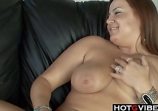 Mature MILF LESBIANS Licking Pussy and Toying